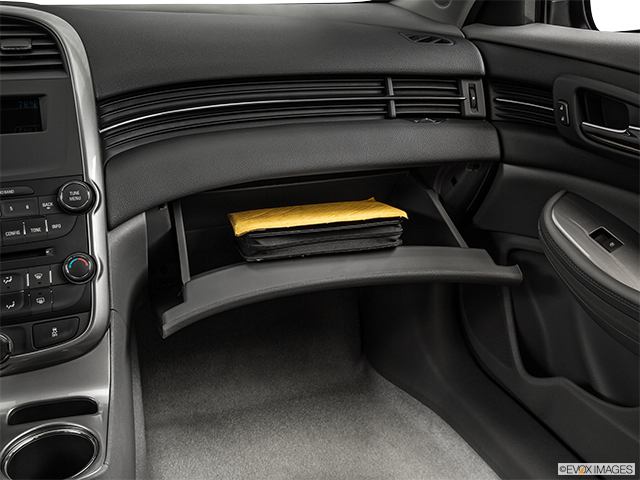 2015 Chevrolet Malibu 4dr Car