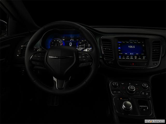 2015 Chrysler 200 4dr Car