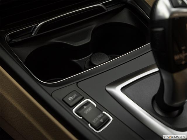 2018 BMW 3 Series 4dr Car