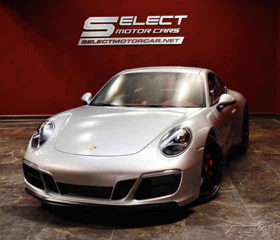 2019 Porsche 911 Carrera GTS photo